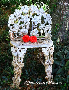 etsy63 chair with roses